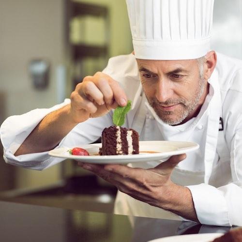 SCREEN FOR SUCCESS: Benefits of Restaurant Background Checks